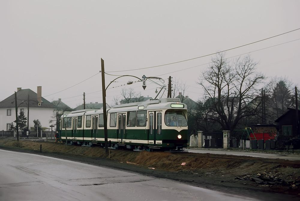 TW 501 auf der alten Strecke von Puntigam kommend ©styria-mobile/Fotograf02 15.01.1978