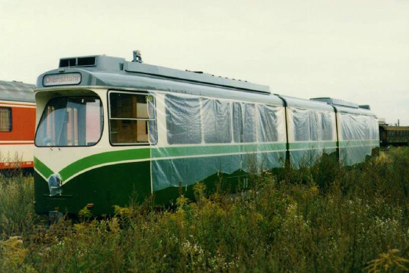 TW 510 am GKB-Gelände wartet auf Neulack bei SGP 30.08.1993©styria-mobile/User: Andi747