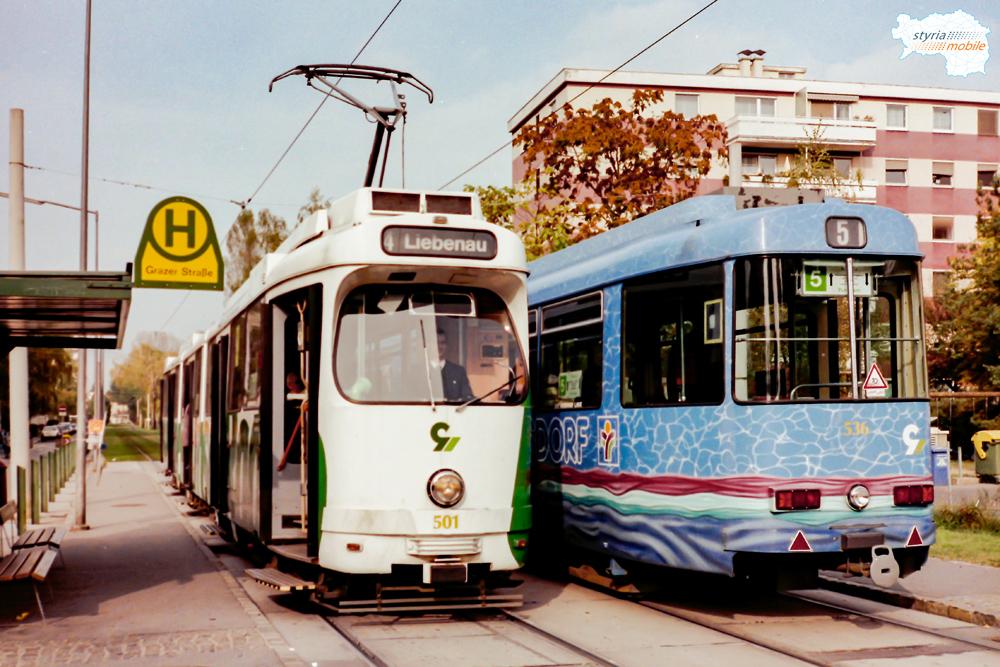 TW 501 trifft TW 536 in der Grazer-Straße 19.10.1997©styria-mobile