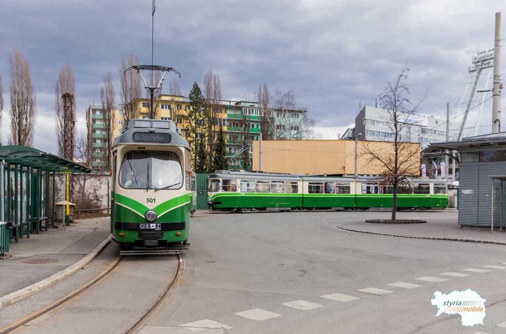TW 501 und TW 509 als 6er in der Schleife Stadion 28.02.2017 ©styria-mobile