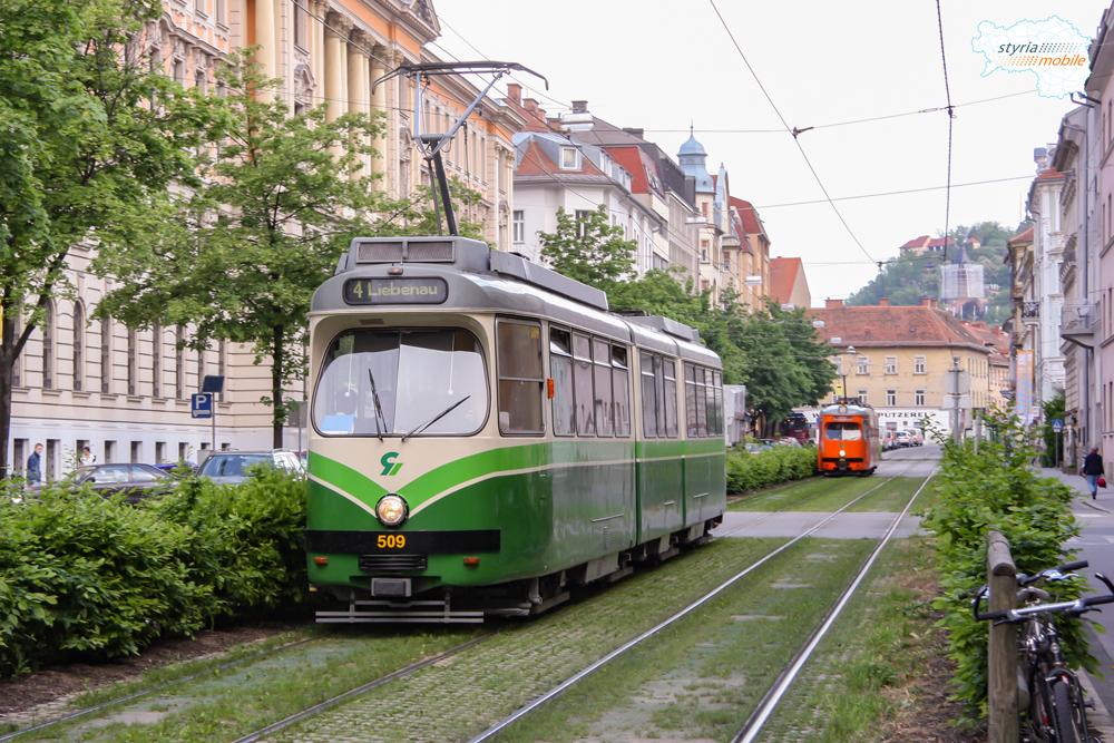 TW 509 als 4er gefolgt vom Schienenschleifwagen TW 262 in der CvH 07.05.2009 ©styria-mobile