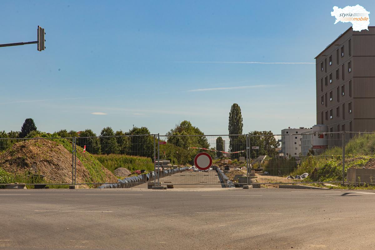 Straßenbahn nach Reininghaus, Wetzelsdorfer Platz 18.08.2019
